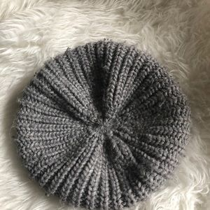 Knitted Beret Hat - UNISEX